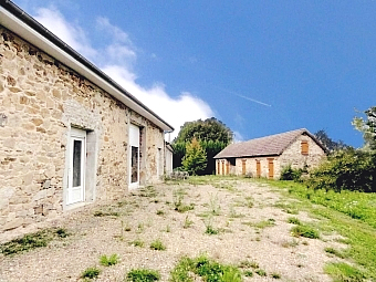 Fiche de présentation Grange à vendre de 170 m²  1 pièce à LADIGNAC-LE-LONG