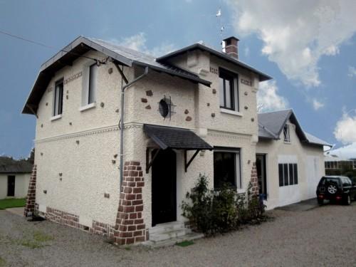 Fiche de présentation Maison à vendre de 130 m²  5 pièces à LIMOGES
