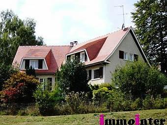 Fiche de présentation Maison d'architecte à vendre de 220 m²  8 pièces à RILHAC-RANCON