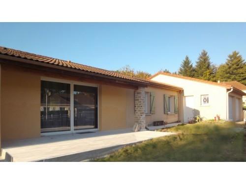 Fiche de présentation Maison à vendre de 137 m²  6 pièces à RILHAC-RANCON