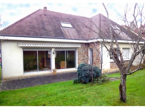 Fiche de présentation Maison à vendre de 138 m²  5 pièces à LIMOGES