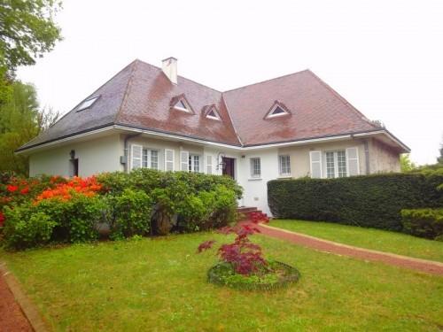 Fiche de présentation Maison à vendre de 280 m²  9 pièces à RILHAC-RANCON