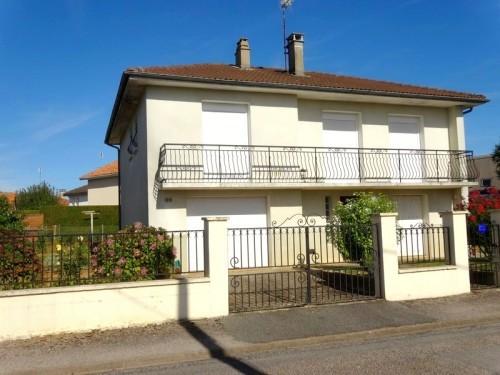 Fiche de présentation Maison à vendre de 90 m²  5 pièces à RILHAC-RANCON