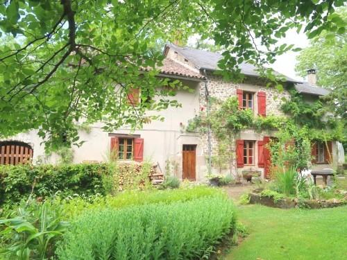 Fiche de présentation Maison à vendre de 200 m²  6 pièces à RILHAC-RANCON