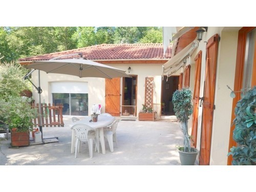 Photographie de maison à vendre de 165 m² avec 7 pièces à Limoges-et-Environs
