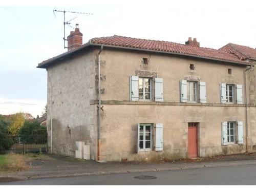 Fiche de présentation Maison à vendre de 120 m²  4 pièces à RILHAC-RANCON