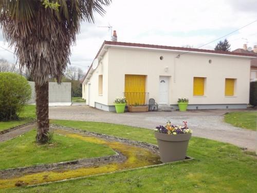 Fiche de présentation Maison à vendre de 85 m²  4 pièces à RILHAC-RANCON