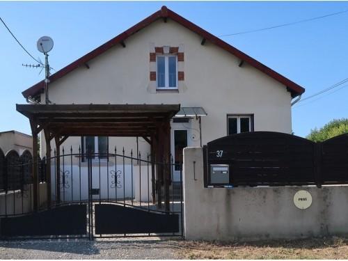 Photographie de maison à vendre de 55 m² avec 4 pièces à Rilhac-Rancon