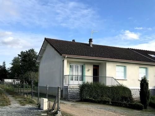 Photographie de maison à vendre de 85 m² avec 4 pièces à Rilhac-Rancon
