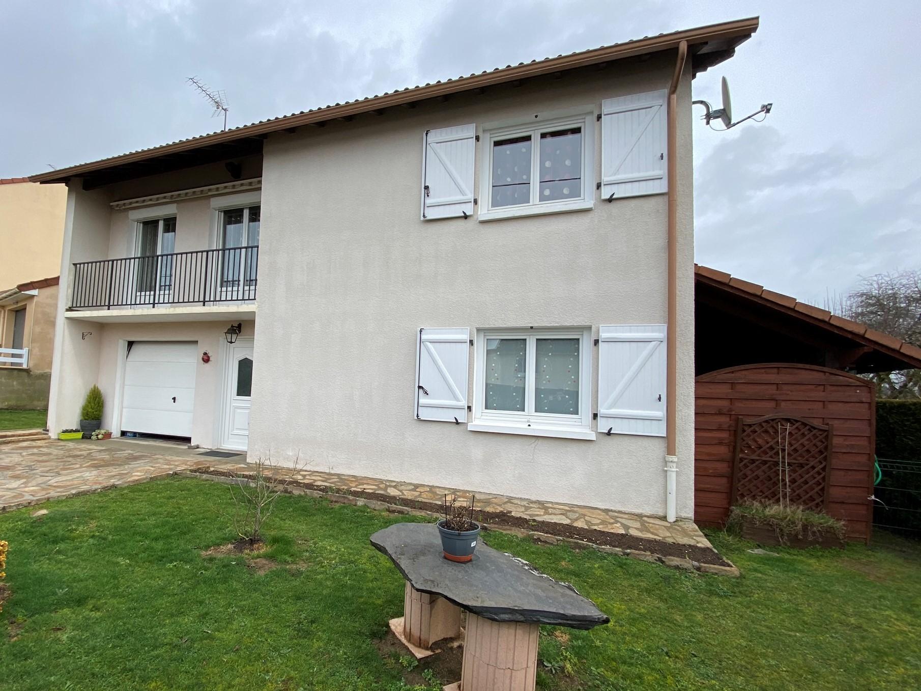 Fiche de présentation Maison à vendre de 96 m²  5 pièces à RILHAC-RANCON