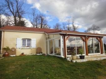 Fiche de présentation Maison à vendre de 94 m²  4 pièces à AMBAZAC