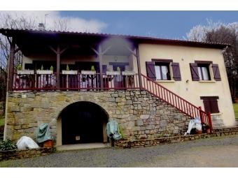 Fiche de présentation Maison à vendre de 160 m²  7 pièces à BONNAC-LA-COTE