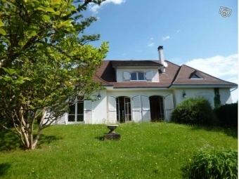 Fiche de présentation Maison à vendre de 147 m²  5 pièces à RILHAC-RANCON