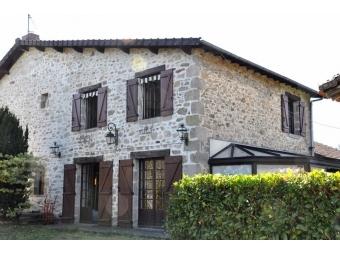 Fiche de présentation Maison avec grange à vendre de 140 m²  5 pièces à RILHAC-RANCON
