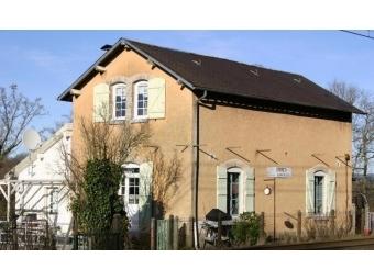 Fiche de présentation Maison à vendre de 120 m²  6 pièces à LE PALAIS-SUR-VIENNE