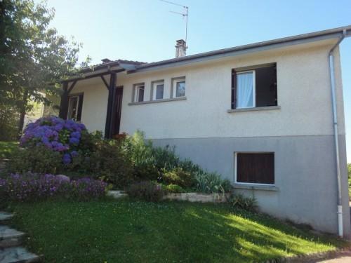 Fiche de présentation Maison à vendre de 97 m²  5 pièces à RILHAC-RANCON
