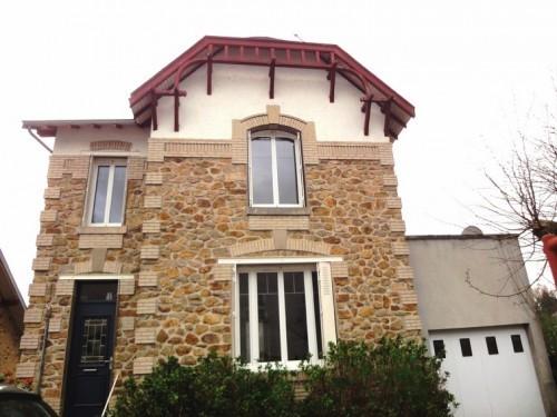 Fiche de présentation Maison à vendre de 98 m²  3 pièces à SAINT-PRIEST-TAURION