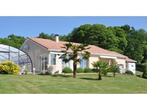 Fiche de présentation Maison à vendre de 117 m²  5 pièces à AMBAZAC