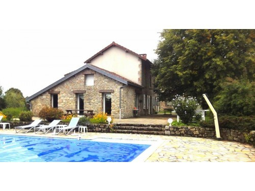 Fiche de présentation Maison à vendre de 166 m²  7 pièces à RILHAC-RANCON
